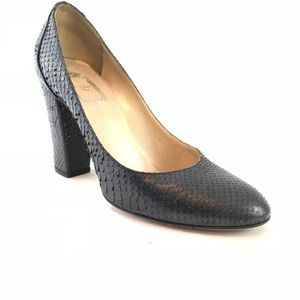 Christian Dior size 39 midnight blue pumps